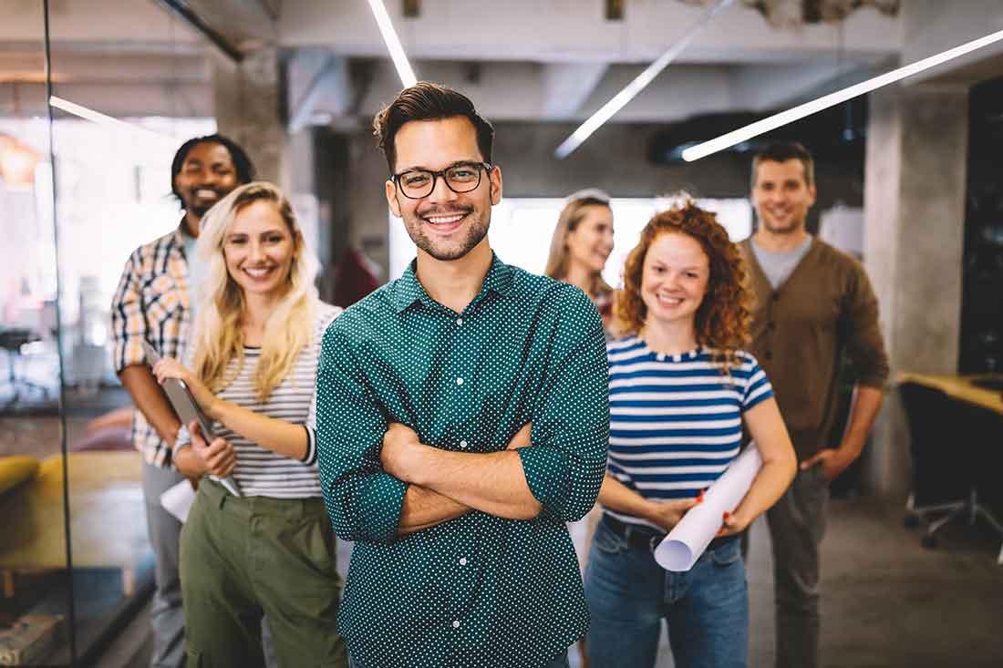 Gruppe Menschen eines kleinen Unternehmens